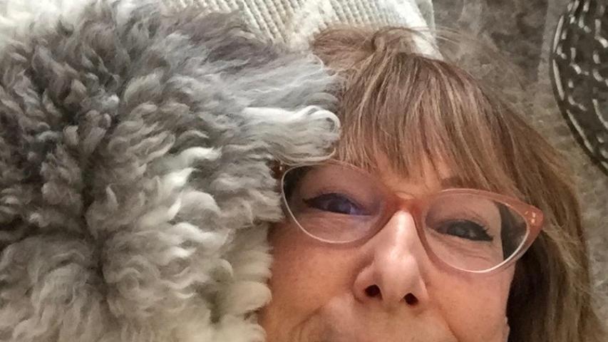 Melissa Tierney, MS Animal Communication f5613f0612