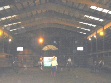 shows our indoor arena 60 x 120