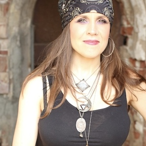 Adrianna Velez